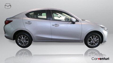 Mazda 2  Sedan 1.5 At Touring Cuero 2021