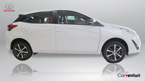 Toyota Yaris Xs Hb At 2021